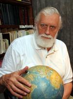 Физик и астроном Кирилл Бутусов